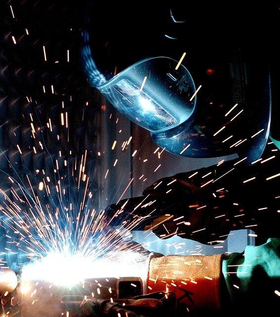 beverly-hills-magazine-welding-helmet