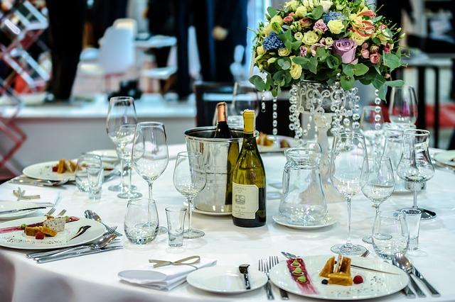 How To Host Unforgettable Corporate Events #business #success #bevhillsmag #beverlyhillsmagazine #beverlyhills