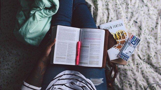 How To Be A Better At Doing Homework #students #school #homework #beverlyhills #beverlyhillsmagazine #bevhillsmag