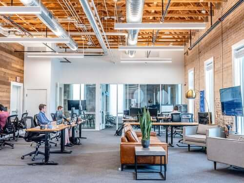 tips to keep your office clean: #beverlyhills #beverlyhillsmagazine #cleanoffice #cleaning #Homeoffice #officespace #productivity