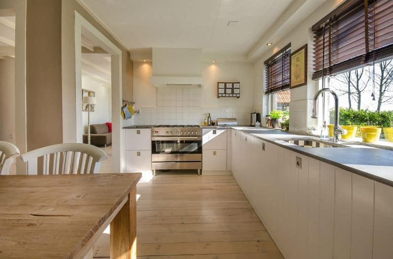 Simple Guide When Buying The Best Kitchen Faucet #home #interiors #kitchen #bevelryhills #beverlyhillsmagazine